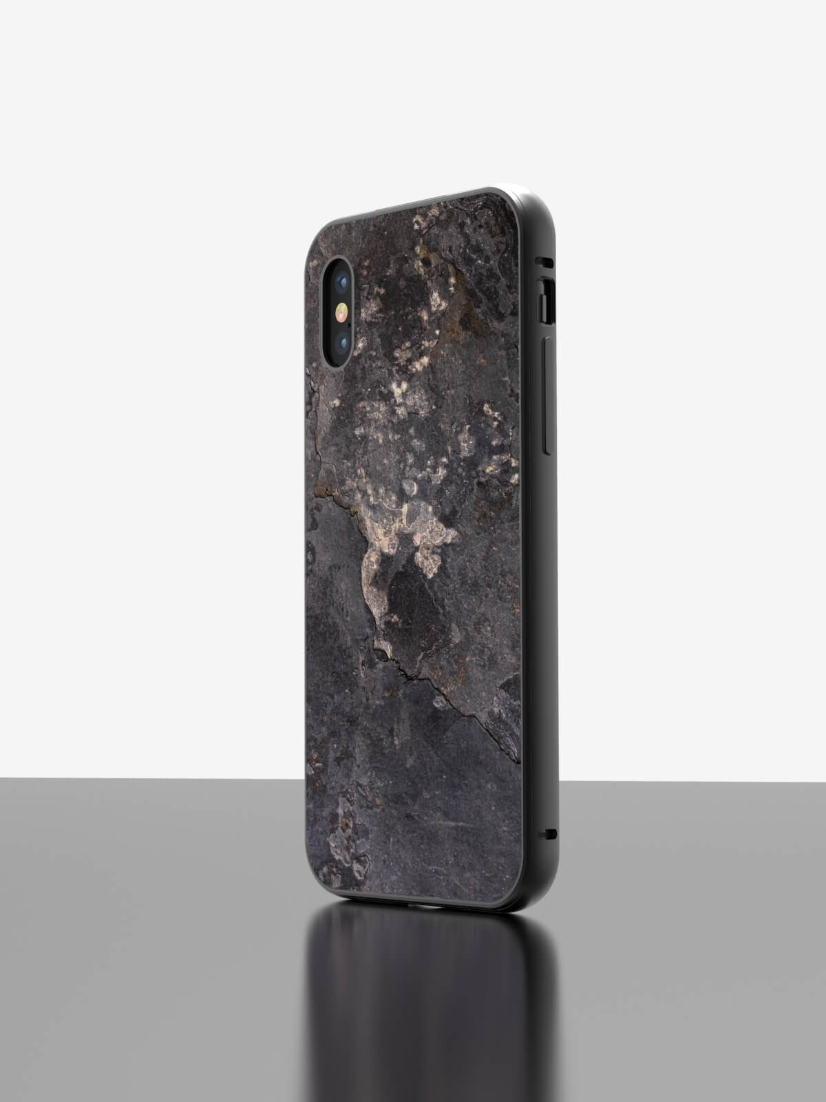 The iPhone Slate Case Transocean